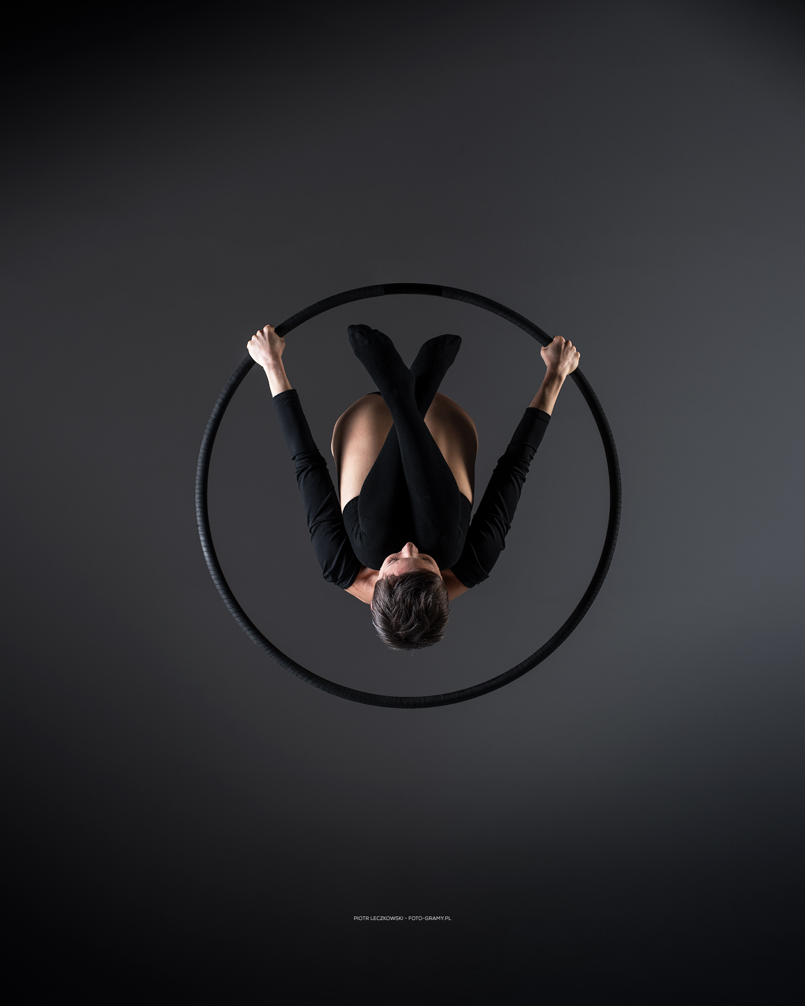 aerial hoop Marta Bart